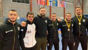 Δύο χρυσά και 11 νίκες στην Σουηδία για τους παλαιστές μας