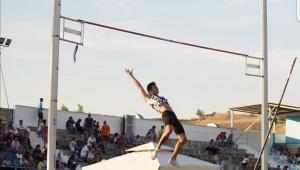 Ικανοποιητική παρουσία στο Πανελλήνιο πρωτάθλημα στίβου Εφήβων - Νεανίδων!