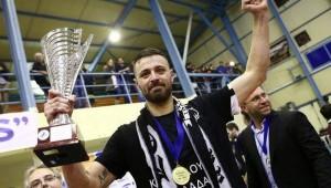 Γιάννης Παντακίδης: Όμορφο να υποστηρίζεις τον ΠΑΟΚ