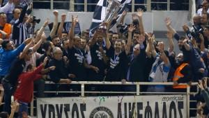 Σαν Σήμερα: «Τρέλα» στο Παλατάκι, ο ΠΑΟΚ πρωταθλητής!