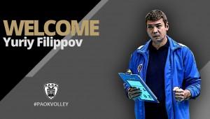 Ο Γιούρι Φιλίποφ στον πάγκο του ΠΑΟΚ